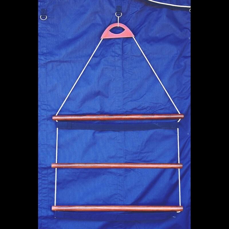 Rug hanger, ladder