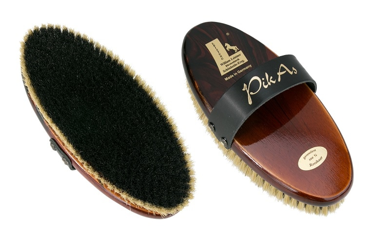 Pik As grooming brush