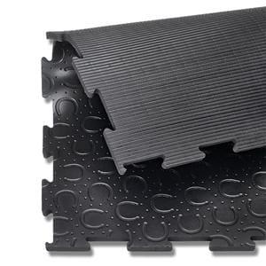 Rubber mat box