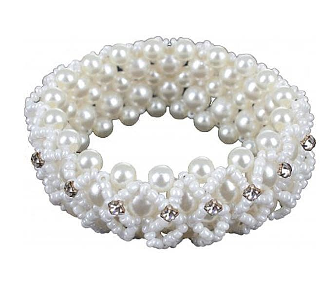 Hair scrunchy with pearls