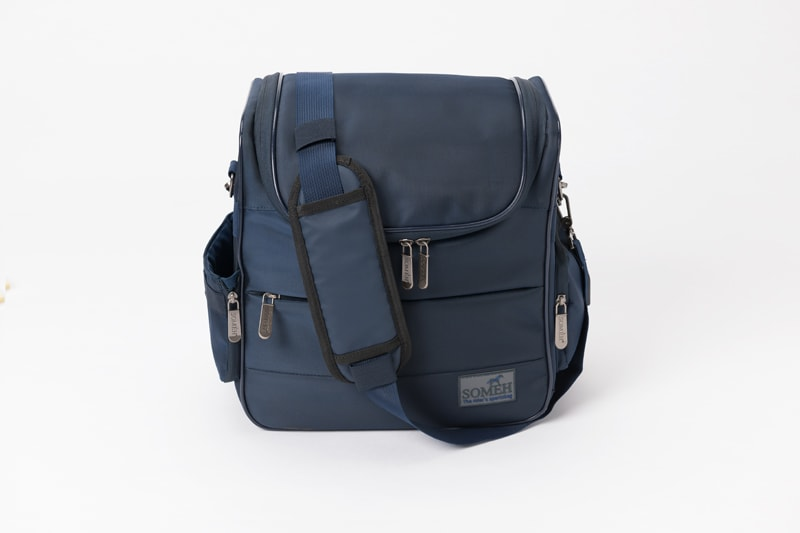 Grooming bag with USB port - Navy